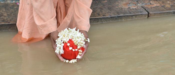 Asthi Visarjan in Ayodhya
